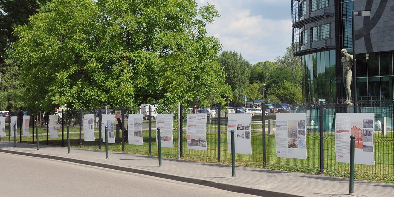 Wystawa plenerowa ''Futbol niezwyczajnych dni - sport w okupowanej Warszawie''